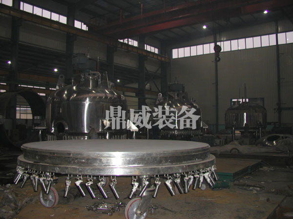 苯胺专用盘式干燥机生产厂家唯石家庄鼎威化工设备首要选
